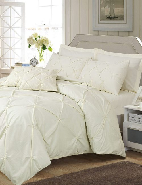 Pinch Pleat Duvet Cover Set – 8 Pieces : Light Yellow
